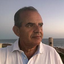 Dr.-Nils-Calderón-Comité-de-de-Educación-e-Intercambios-